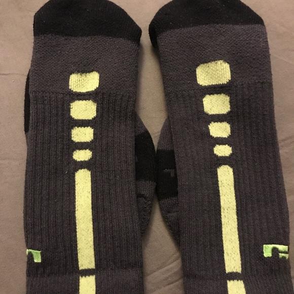 f861b3a62 Nike Underwear & Socks   2 Pairs Of Mens Dri Fit Basketball Socks ...